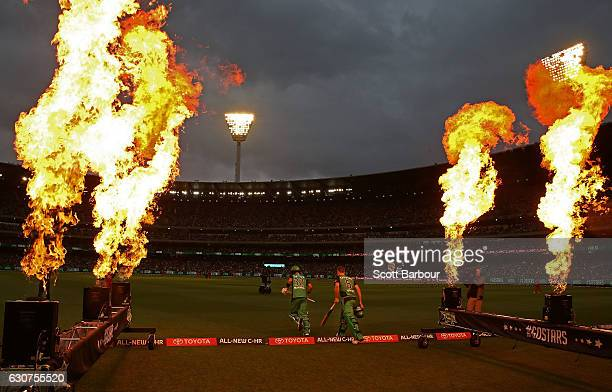 Luke Wright and Glenn Maxwell of the Stars walk out to bat during the Big Bash League match between the Melbourne Stars and Melbourne Renegades at...