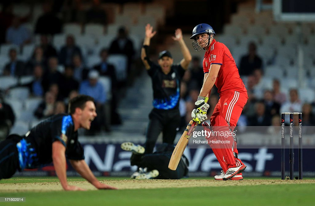 Luke Wright of England loses his wicket to Mitchell McClenaghan of New Zealand during the 1st Natwest International T20 match between England and New Zealand at The Kia Oval on June 25, 2013 in London, England.