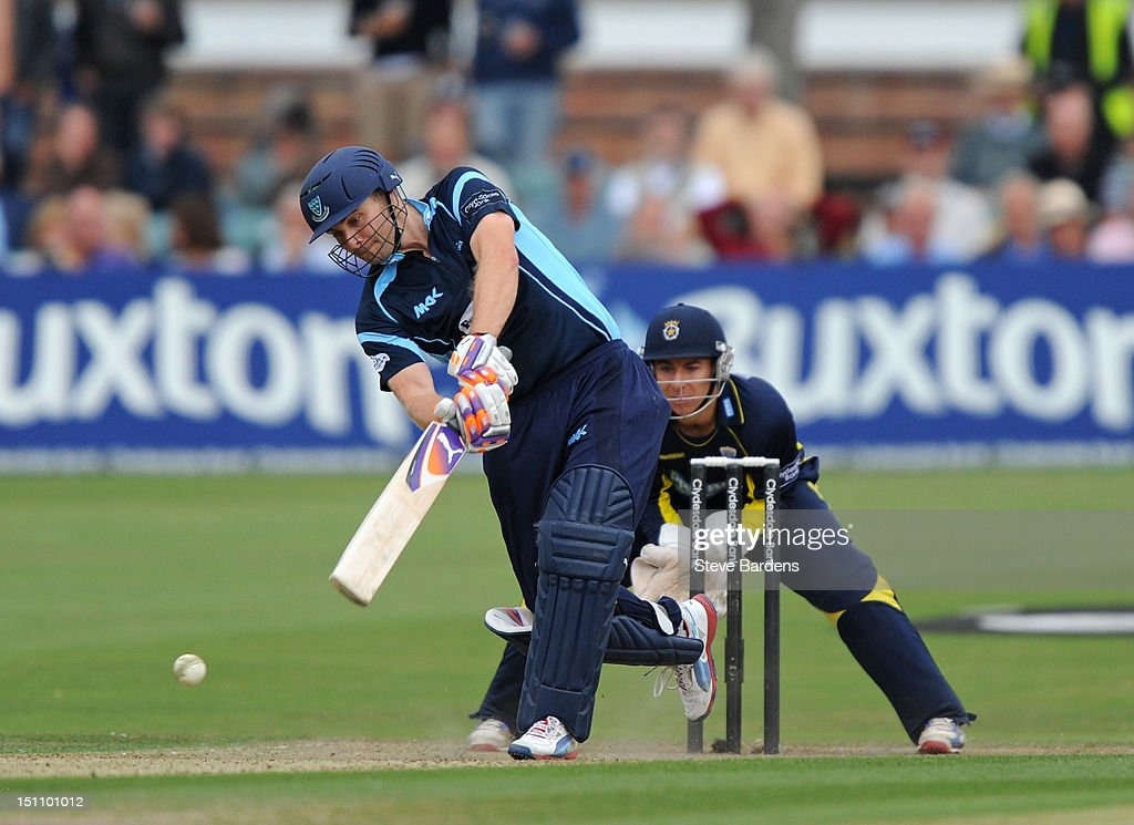 Luke Wright of Sussex Sharks plays a shot during the Clydesdale Bank Pro40 semi final match between Sussex and Hampshire at the Probiz County Ground on September 1, 2012 in Hove, England.