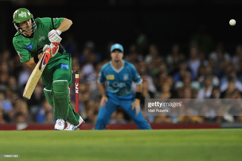 Luke Wright of the Stars bats during the Big Bash League match between the Brisbane Heat and the Melbourne Stars at The Gabba on January 3, 2013 in Brisbane, Australia.