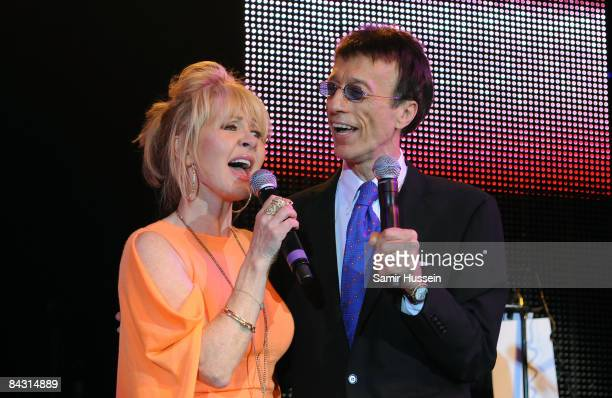 Lulu and Robin Gibb perform at the Celebration of the Bee Gees evening in aid of The Outward Bound Trust at Battersea Evolution on January 12 2009 in...