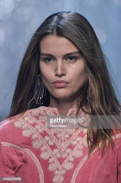 Luna Bijl walks the runway during the Isabel Marant show as part of the Paris Fashion Week Womenswear Spring/Summer 2019 on September 27 2018 in...