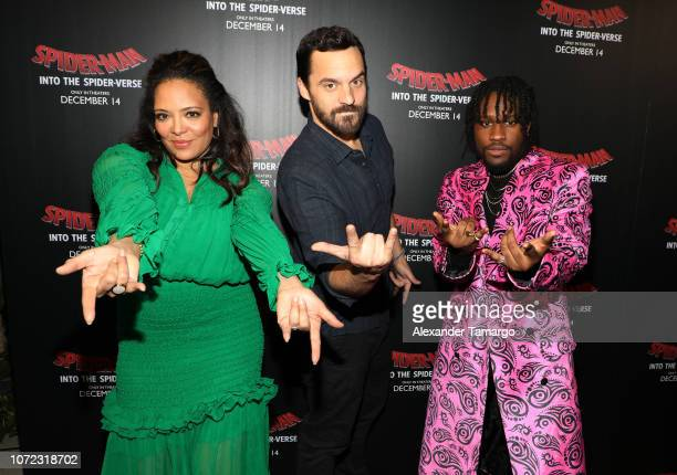 Luna Lauren Velez Jake Johnson and Shameik Moore are seen at the SpiderMan Into the SpiderVerse Miami Red Carpet Screening at Regal South Beach on...