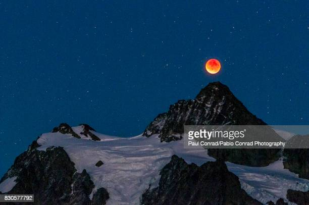 Lunar Eclipse and Mount Shuksan