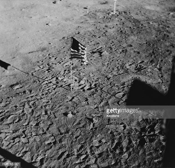 lunar flag - 1969年 ストックフォトと画像