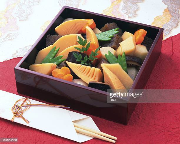 lunch box, boiled vegetable, high angle view - konjac stockfoto's en -beelden