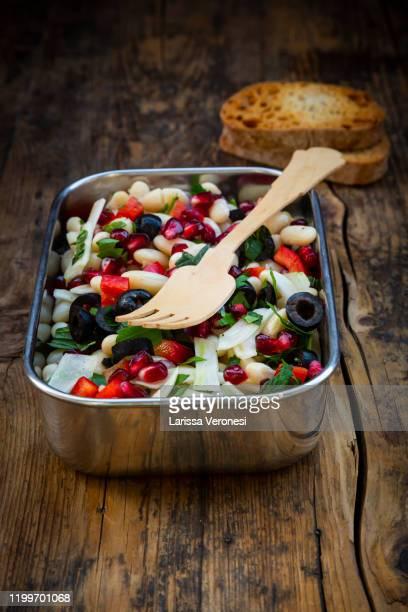 lunchbox with bean salad - larissa veronesi stock-fotos und bilder