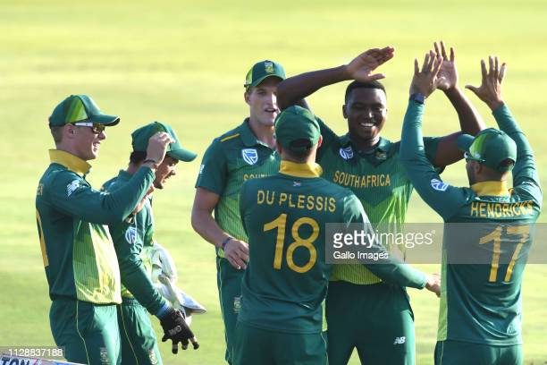 Lungi Ngidi of South Africa celebrates the wicket of Avishka Fernando of Sri Lanka with team mates during the 2nd Momentum ODI match between South...