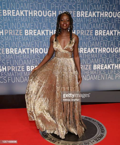 Lupita Nyong'o attends the 2019 Breakthrough Prize at NASA Ames Research Center on November 4 2018 in Mountain View California
