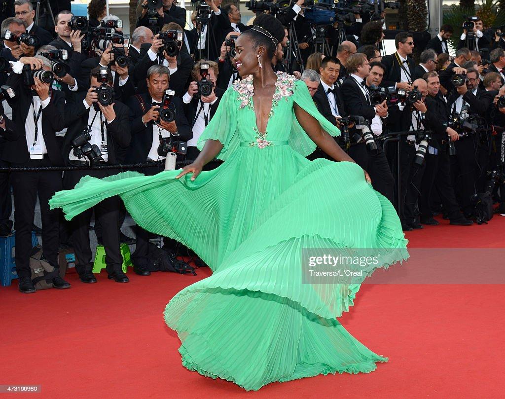 """Opening Ceremony & """"La Tete Haute"""" Premiere - The 68th Annual Cannes Film Festival : News Photo"""