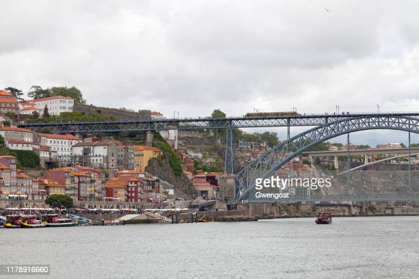 luís i bridge in porto - gwengoat stock pictures, royalty-free photos & images