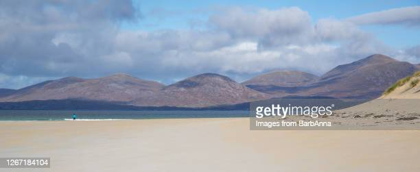 luskentyre beach on the isle of harris, outer hebrides, scotland, uk - sand stock pictures, royalty-free photos & images