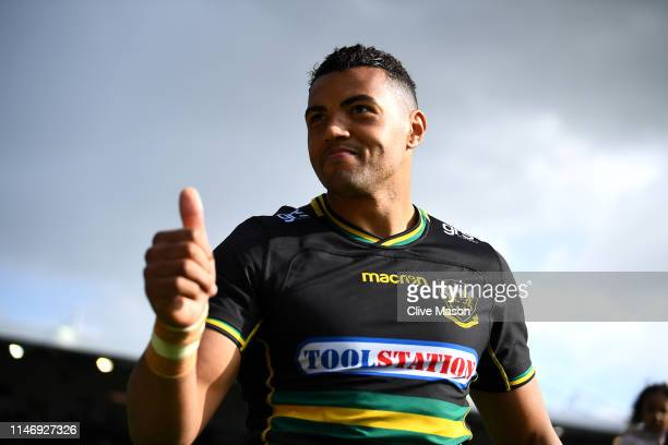 Luther Burrell of Northampton Saints acknowledges the home crowd after the Gallagher Premiership Rugby match between Northampton Saints and Worcester...