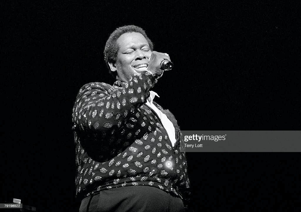 Luther Vandross Performing At The Dominion Theatre, London