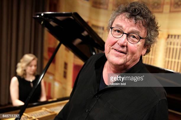 """Lutz Görner gastiert in Begleitung der deutschen Pianistin Nadia Singer auf seiner """"Ludwig van Beethoven - Sein Leben, seine Musik""""-TourBelgischen..."""
