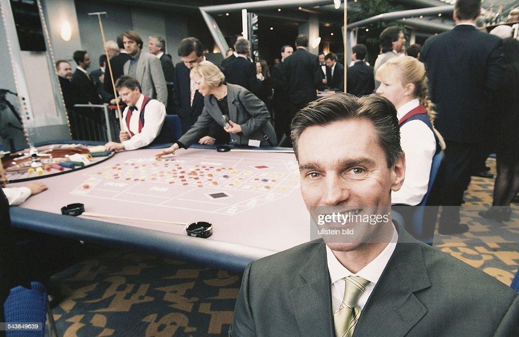 Spielbank Schenefeld schenkel lutz technischer direktor casino schenefeld pictures