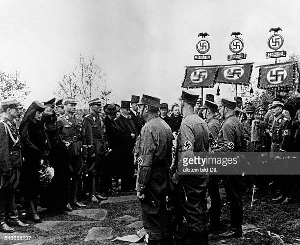 Lutze Viktor Officer SAcommander Germany*28121890 Funeral of Lutze in Bevergern Obergruppenfuehrer Juettner giving the funeral speech Photographer...
