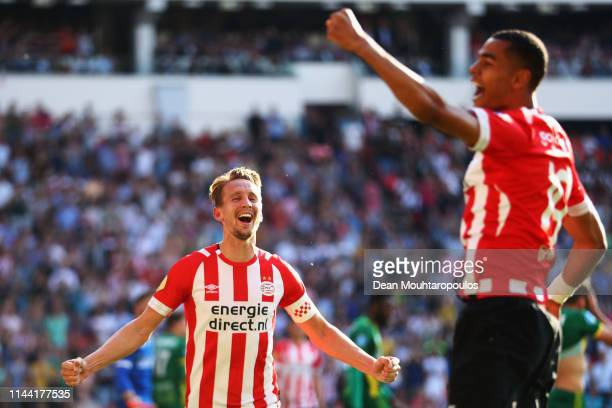 Luuk de Jong of PSV celebrates scoring his teams second goal of the game with team mate Cody Gakpo during the Eredivisie match between PSV and ADO...
