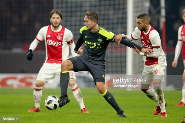 Luuk de Jong of PSV Hakim Ziyech of Ajax during the Dutch Eredivisie match between Ajax v PSV at the Johan Cruijff Arena on December 10 2017 in...