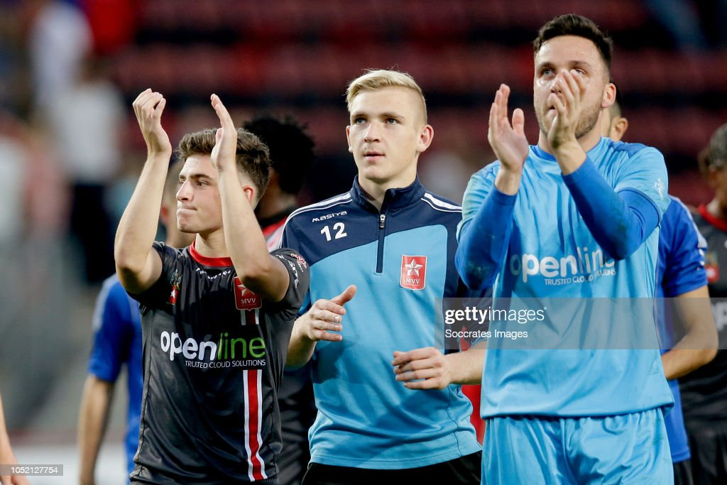 Koopman Keukens Enschede : Luuk koopmans of mvv maastricht celebrates the victory during the