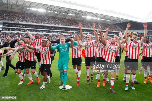 Luuk Koopmans of PSV Santiago Arias of PSV Gaston Pereiro of PSV Pablo Rosario of PSV Steven Bergwijn of PSV Yanick van Osch of PSV Donyell Malen of...