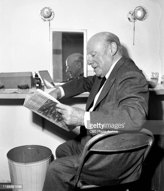 Lux Radio Theater The CBS Radio adaptation of the 1950 theatrical movie Mister 880 Edmund Gwenn takes a break backstage Originally broadcast October...