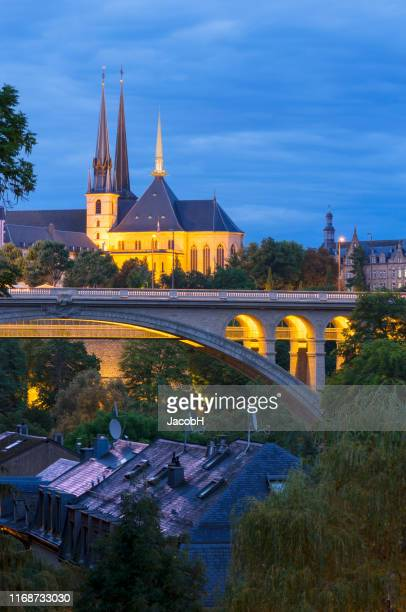 luxembourg city centre by night - luxembourg benelux stock pictures, royalty-free photos & images