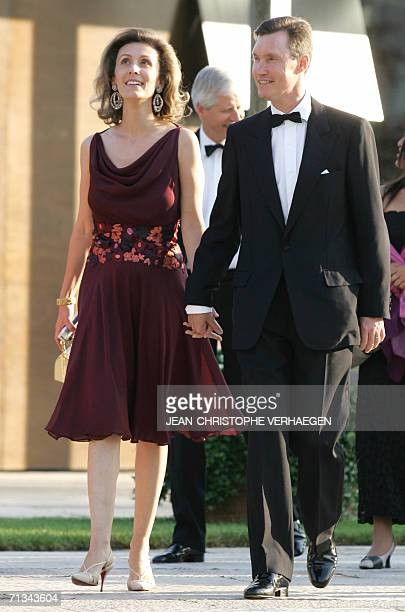 Luxembourg, LUXEMBOURG: Prince Guillaume and Princess Sibilla of Luxembourg arrive at the Grand Theater to attend a special performance for Grand...