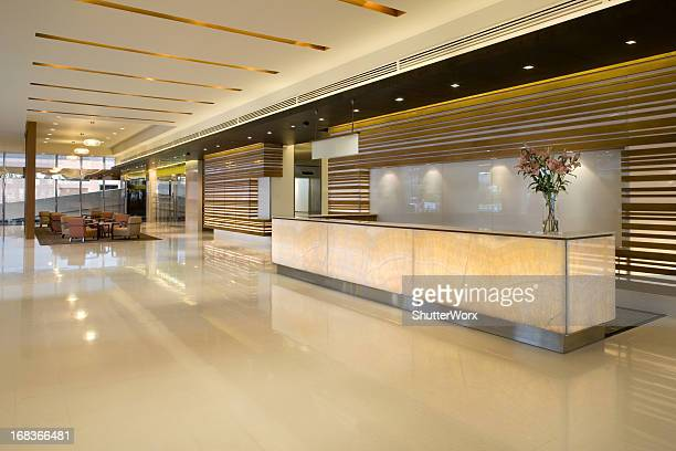 luxurious modern lobby with waiting area - hotel lobby stock pictures, royalty-free photos & images