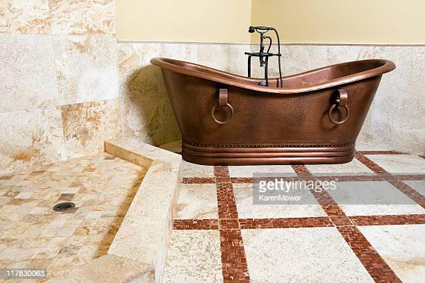 Vasca Da Bagno Karen : Vasca da bagno con piedini foto e immagini stock getty images