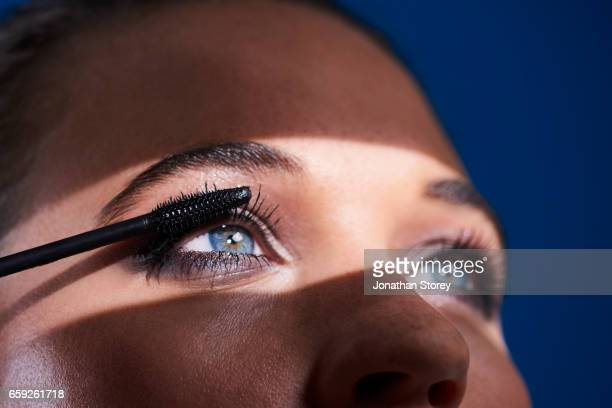 luxury beauty female - mascara stock pictures, royalty-free photos & images