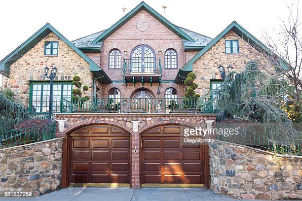 luxury brooklyn house, new york. - dyker heights stock pictures, royalty-free photos & images