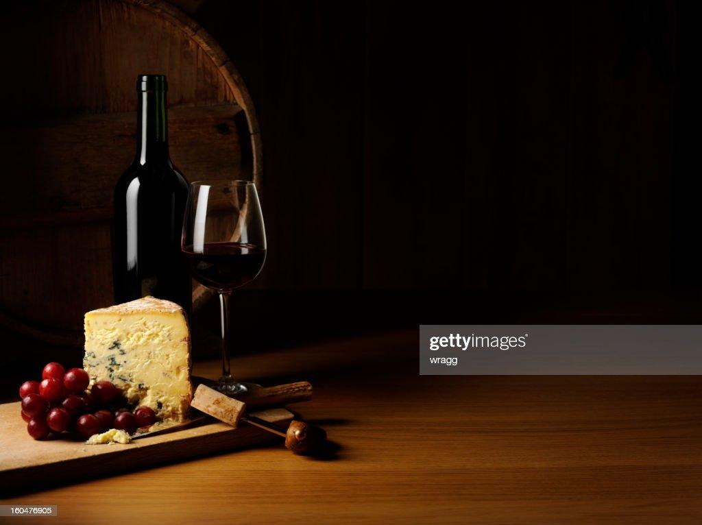 Luxo de queijos e vinhos : Foto de stock