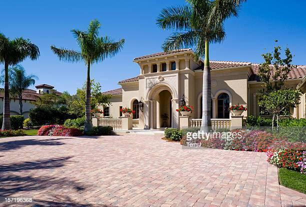 Estate de lujo de su hogar en un ambiente Tropical