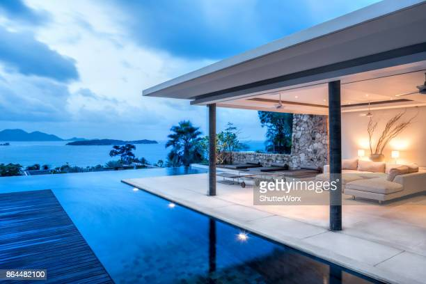 Luxury Holiday Island Villa Home Exterior With Infinity Pool
