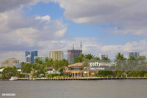luxury home and towers, ft. lauderdale - barry crane stock photos and pictures