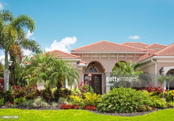 Luxe maison avec jardin Tropical luxuriant
