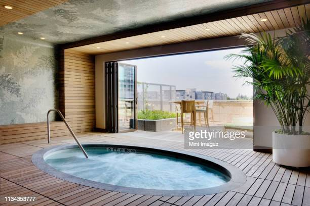 luxury hot tub - hot tub stock pictures, royalty-free photos & images