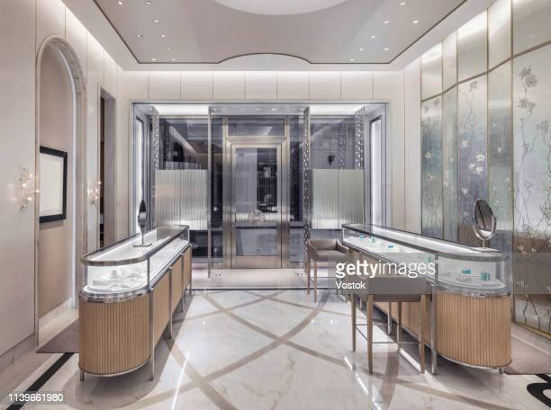 luxury jewellery store in moscow - expense stock pictures, royalty-free photos & images