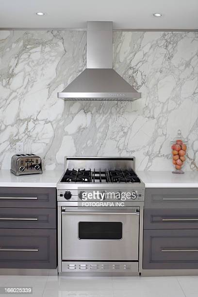 luxury kitchen - cooker stock pictures, royalty-free photos & images