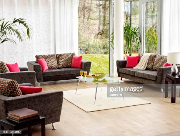 sala de estar de luxo - largo descrição geral - fotografias e filmes do acervo