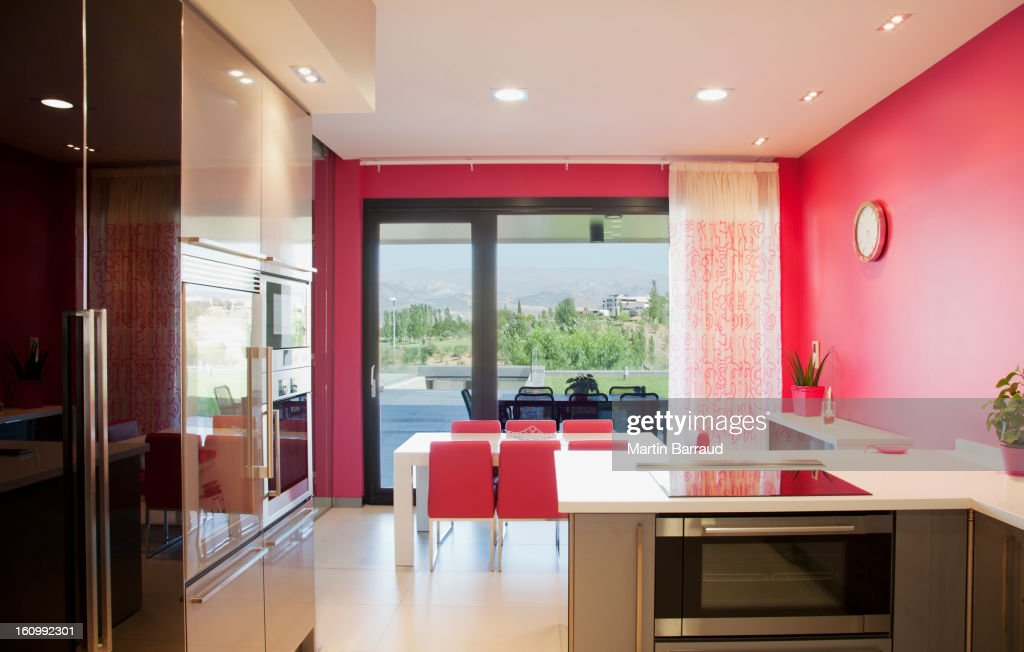 Luxury modern kitchen and dining room : Stockfoto