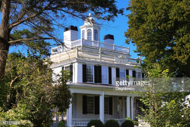 luxury new england house, plymouth, massachusetts. - plymouth massachusetts stock photos and pictures