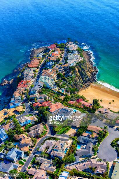 luxury oceanfront homes - orange county crowded beaches stock pictures, royalty-free photos & images