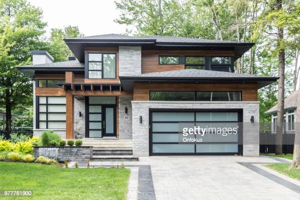 luxury property on sunny day of summer - house stock pictures, royalty-free photos & images
