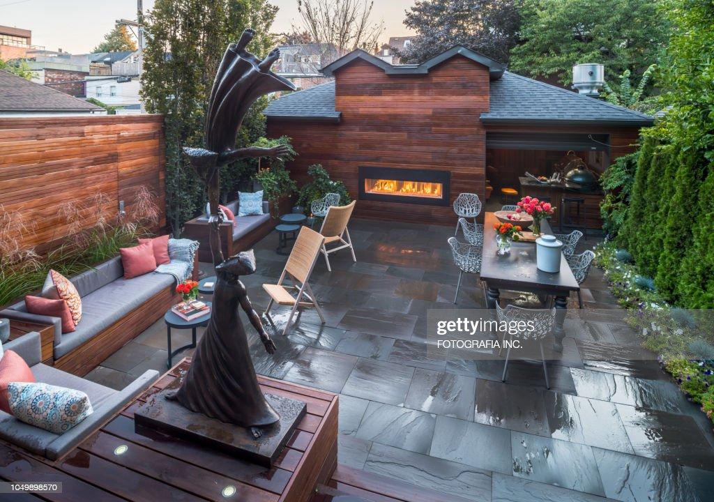 Luxury urban Home backyard exterior : Stock Photo