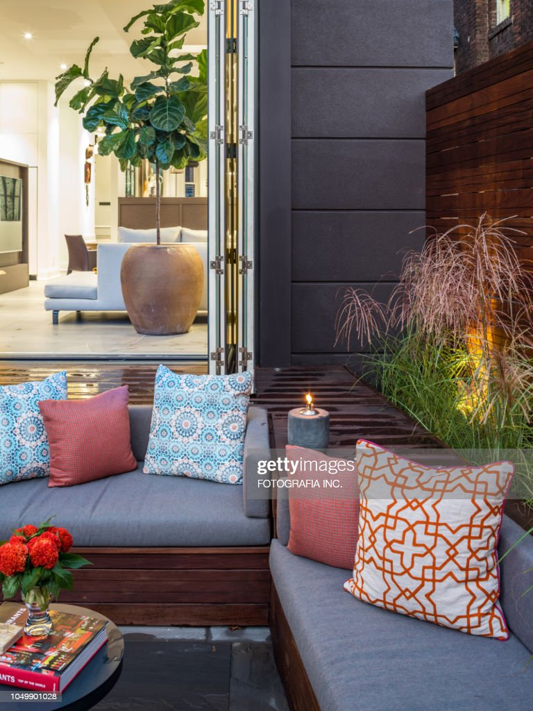 Luxury Urban Home Backyard Exterior Stock Photo Getty Images