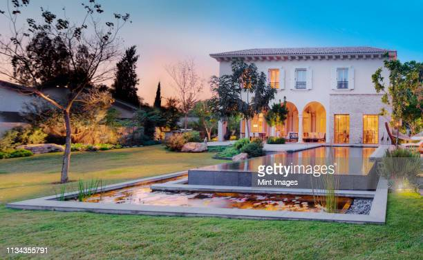 luxury villa - arch architectural feature stock pictures, royalty-free photos & images