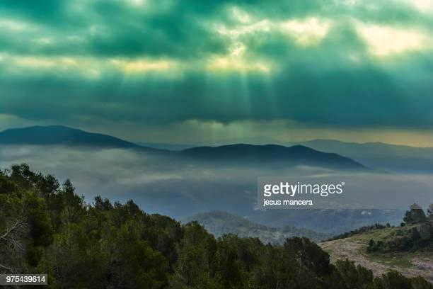 luz de esperanza / light of hope - jesus calming the storm stock pictures, royalty-free photos & images