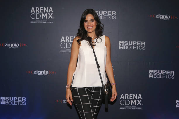Luz Elena González poses for photos during the red carpet of the premiere of ILUSIO: Magic On Ice at Arena Ciudad de MÈxico on June 14, 2019 in...